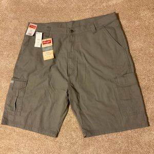 Wrangler Relaxed Fit Cargo Shorts